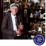 The antique dealer Captain Bob